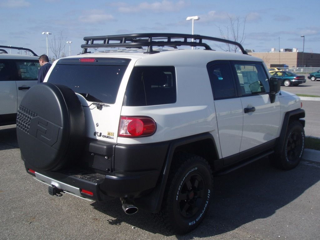 Toyota FJ Cruiser Special Edition Trail Teams loaded_572.jpg