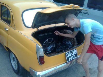 Москвич 402 loaded_1046.jpg - 1600x1200