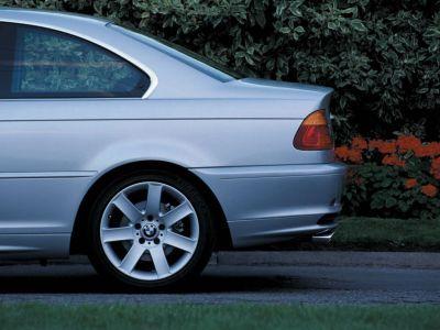 Обои для рабочего стола с BMW - БМВ bmw_3series_045.jpg - 1024x768