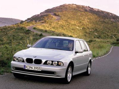 Обои для рабочего стола с BMW - БМВ bmw_5series_014.jpg - 1024x768