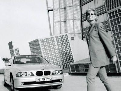 Обои для рабочего стола с BMW - БМВ bmw_5series_021.jpg - 1024x768