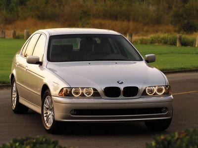 Обои для рабочего стола с BMW - БМВ bmw_5series_027.jpg - 1024x768