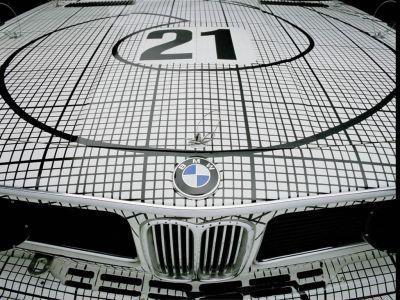 Обои для рабочего стола с BMW - БМВ bmw_artcars_013.jpg - 1024x768
