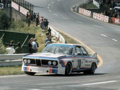 Обои для рабочего стола с BMW - БМВ bmw_classics_015.jpg - 1024x768