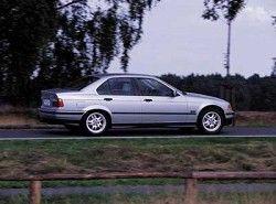 BMW 328i(E46) фото