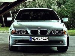 525i(E39) BMW фото