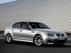 BMW M5 (E60) фото