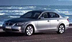 BMW 540i Sedan (E60) фото