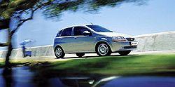 Chevrolet Aveo Hatchback 1.5i 8V фото