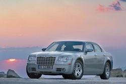 Chrysler 300C 5.7 V8 фото
