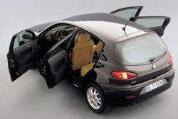 Alfa Romeo 147 1.9 JTD фото
