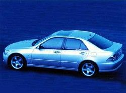Lexus IS 200  GXE10 фото