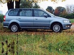 Mitsubishi Space Wagon 2.4 16V (165hp)  (N31) фото