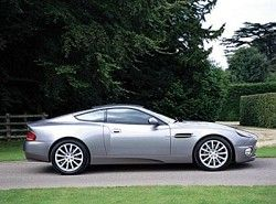 V12 Vanquish 5.9 V12 48V Aston Martin фото