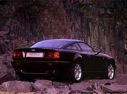 Aston Martin V8 фото