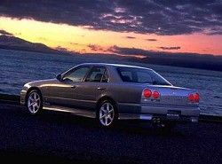 Skyline 2.5i turbo 24V Sedan Nissan фото