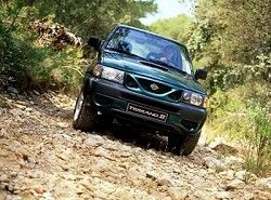 Nissan Terrano II 2.7TD (125hp) (3dr)(R21) фото
