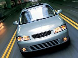 Nissan Sentra XE фото