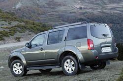 Nissan Pathfinder III 2.5 XE фото