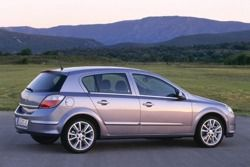 Opel Astra H 1.6 фото