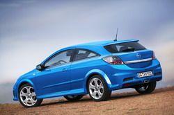 Opel Astra H OPC фото