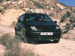Renault Clio II 1.4 (98hp) (5dr) фото