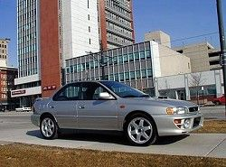 Subaru Impreza 2.0 Turbo 4WD Sedan (218hp)  (GC)  фото