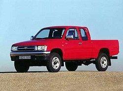 Toyota Hilux 2.4 (105hp) (2dr) фото