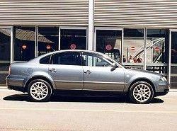 Volkswagen Passat W8(3B3) фото