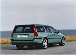Volvo V70 R фото